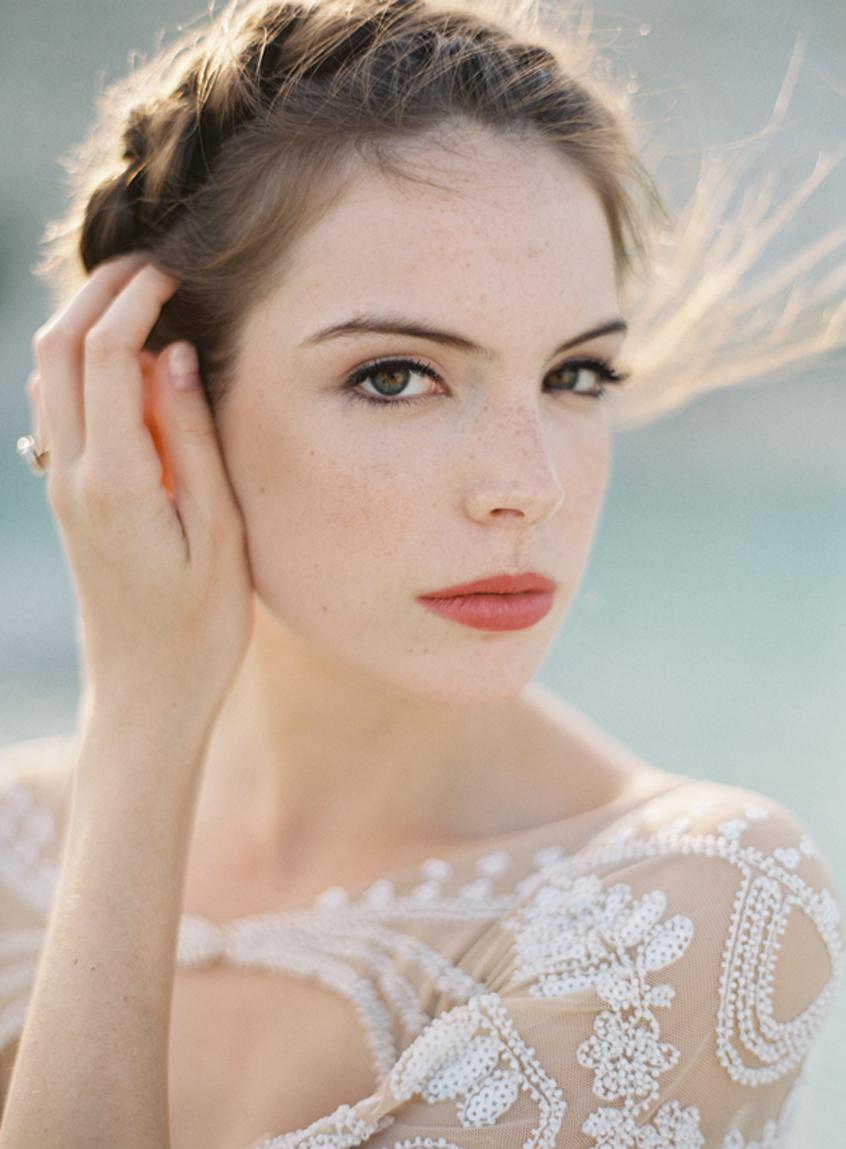 11 Favorite Winter Bridal Beauty Trends   Exquisite Weddings