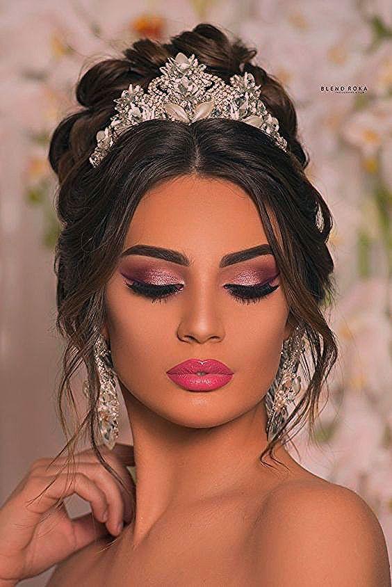 25 sortes de maquillage seront sur vos yeux lors du