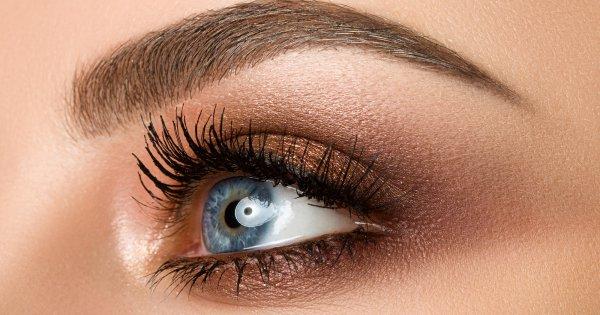 tuto maquillage mariage yeux bleu