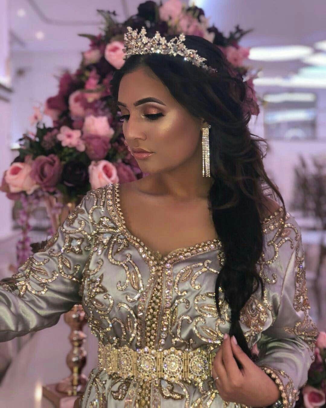 Caftan en 2020 | Coiffure et maquillage de mariage