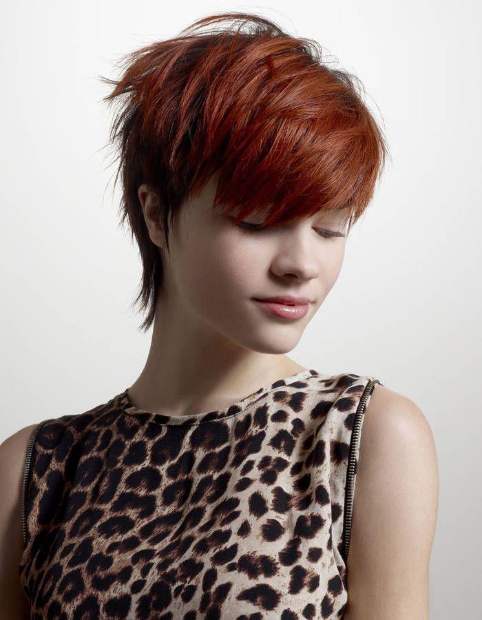 coiffure courte et rousse   Cheveux courts frange