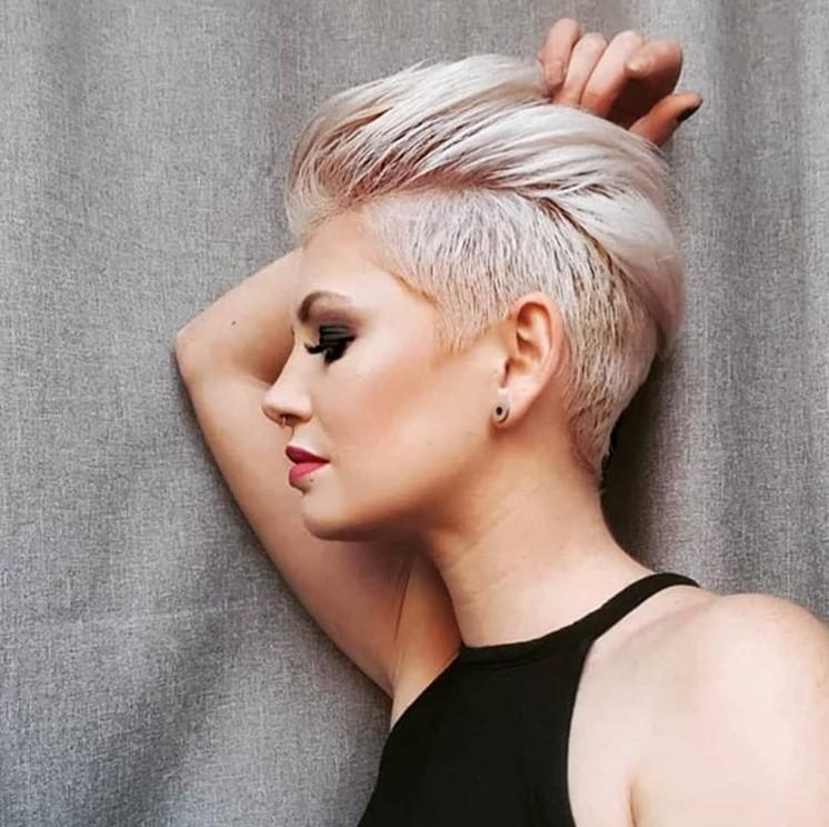 Coiffure courte femme 2021 - Instagram & Pinterest photos