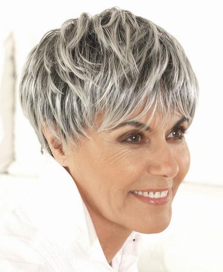 Coupe cheveux court 2019 femme 50 ans