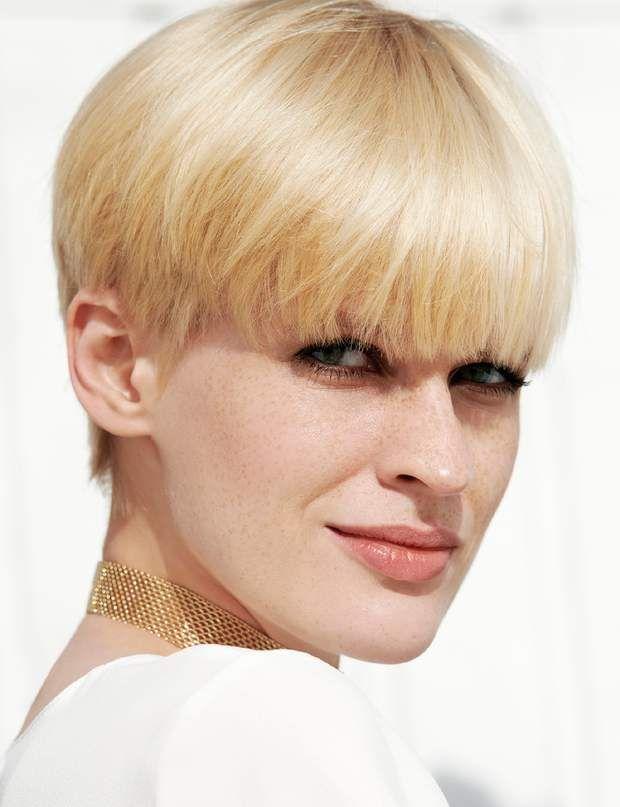La coupe boule ultra-lisse   Coupe de cheveux, Cheveux