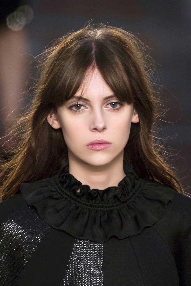 Les tendances coiffure automne hiver 2019-2020 | Frange